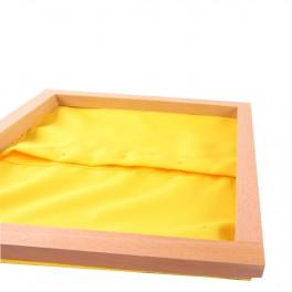 Montessori Premium : Cadre d'habillage avec fermeture à petits boutons