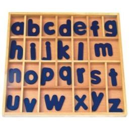 Alphabet mobile en bois